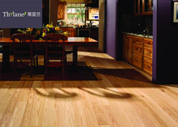 蒂亚兰  栎木新三层实木复合地板