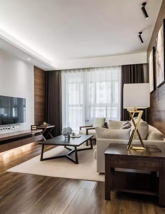 98㎡现代简约风装修,木地板上墙很有范儿!